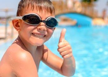 Fête anniversaire à la piscine